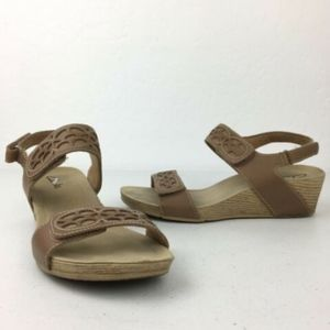 Clarks Alto Anthem Wedge Sandal Heels